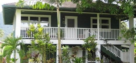 Hale Ola Guest House