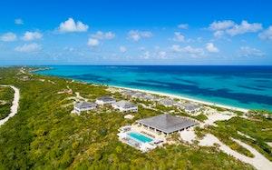 Sailrock Resort - Oceanview Suite