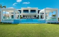 Triton Villa