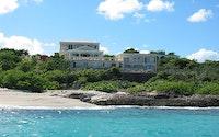 Beachcourt Villa