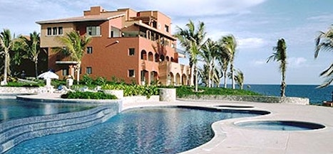 Casa del Mar Resort