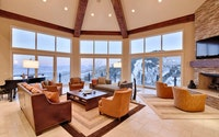 Sky Villa (153 Colony Home)