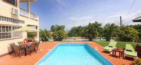 Villa Decaj