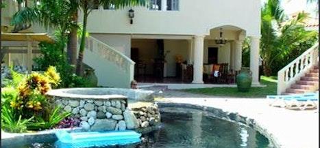 Villa Ocho