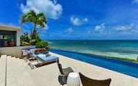 Premium Harbour Beachfront Villa - Sea Breeze