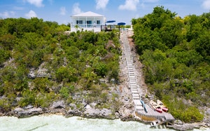 Villa Jayla